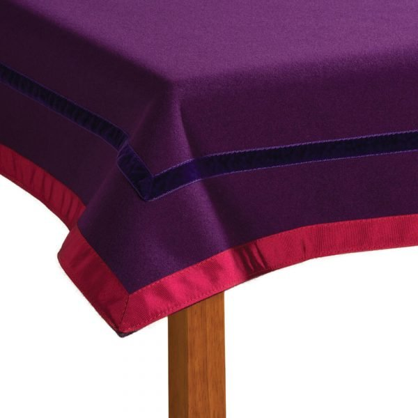 Penhallow's Bridge Cloth - Heather and Campion Colourway Corner Detail